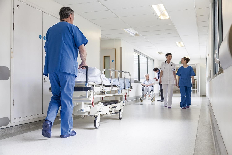 hospitales y centros médicos